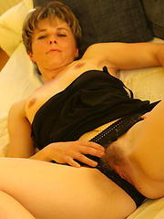 Amateur housewive with small tits loves her pussy