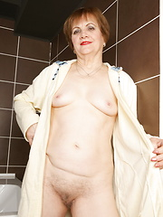 Soapy mature cunt