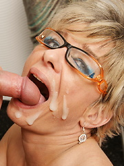 This naughty mature slut loves her toy boy