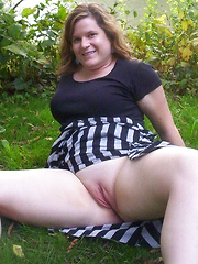 Fat mothers and grannies flashing outdoors