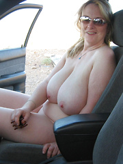 Plump mature wives flashing naked in a cars