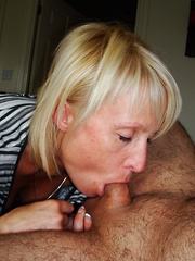 Mature amateurs with gorgeous bodies and even better sex skills go wild